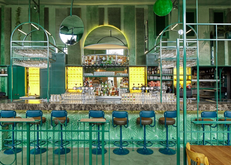 bar-botanique-studio-modijefsky-amsterdam-dutch-netherlands-green-forest-rainforest-tropical-foliage-_dezeen_1568_12